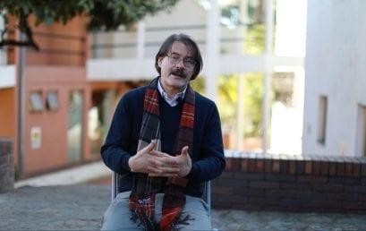 Investigación y creación en 2 minutos: Armando Fuentes