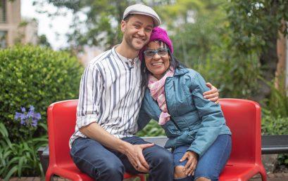 Video – Martina Camargo, en sus 30 años de carrera artística, en entrevista con nuestro profesor Ian Middleton