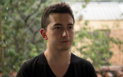 Nuestro egresado y estudiante Esteban Labrador fue el ganador del II Concurso de Piano Teatro Colón