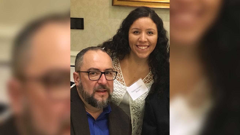 Paola Uparella, egresada de Literatura, nueva profesora en la Universidad de la Florida