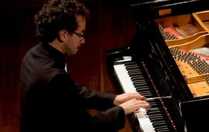 Video: Rapsodia Camaleónica de Mauricio Arias-Esguerra es interpretada por la Orquesta EAFIT
