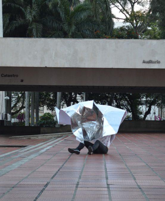 Agujero blanco – Mariana Rodríguez Macías