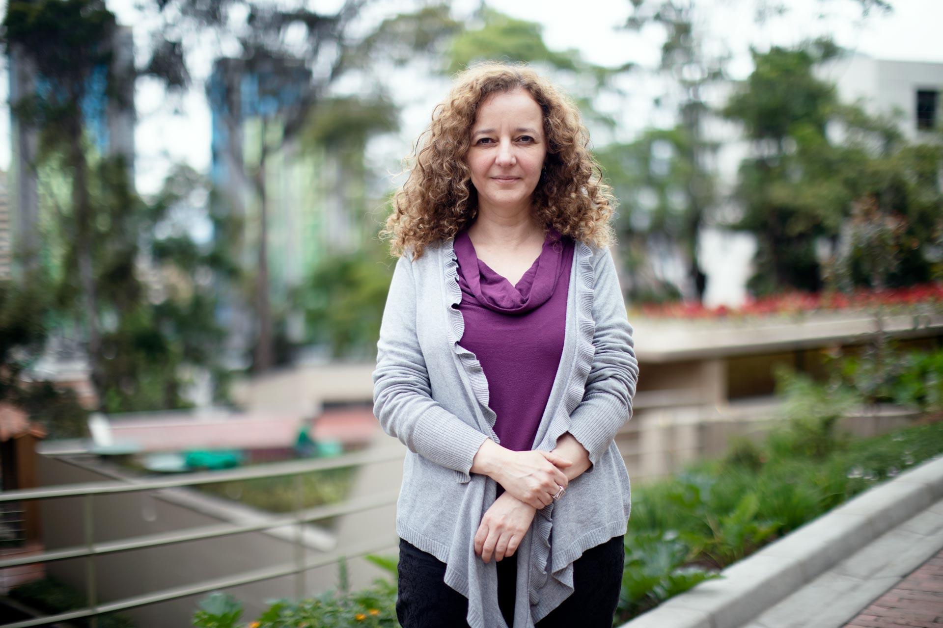 Nuestra profesora María Mercedes Andrade participará en think tank del Mahindra Humanities Center de Harvard