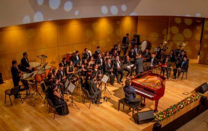 Mauricio Arias realizó concierto durante la celebración de cumpleaños del Gimnasio de los Cerros