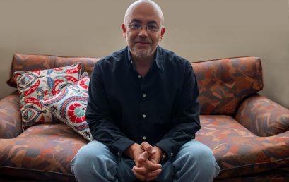 El compositor Rodolfo Acosta comenzó su viaje por la música en la Universidad de los Andes