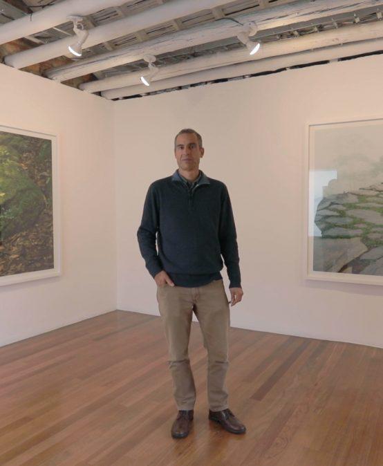 Leve y emergente de Juan Fernando Herrán en Nueveochenta | Uniandes
